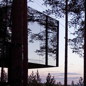 Bizarre Hotel of the Month: Treetop Hideouts