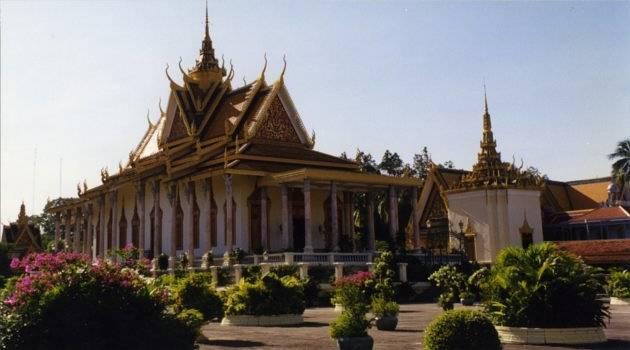 Phnom Penh, Mekong Cruise