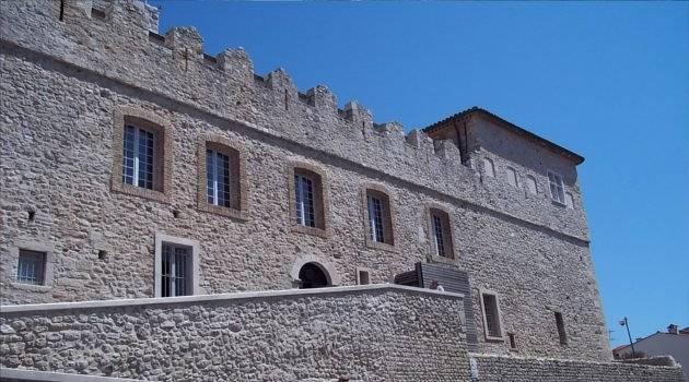 castle details with battlements