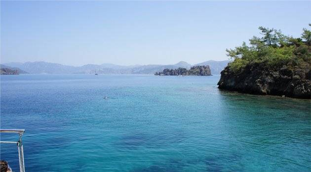 Take a boat out on the sparkling waters in Marmaris