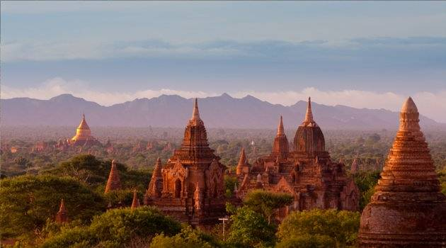 The many temples of Bagan