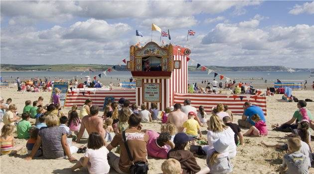 Punch and Judy show at Weymouth