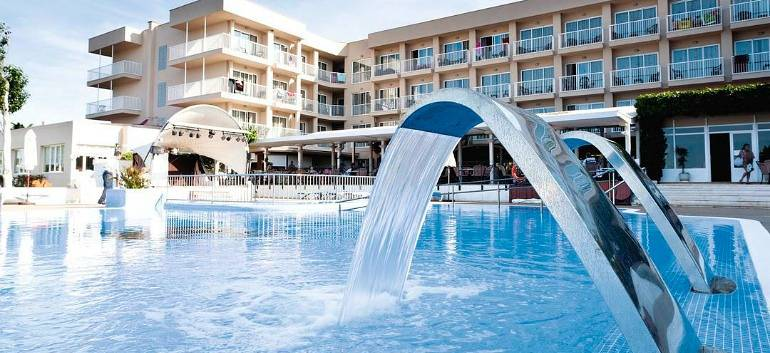 7nt-all-inclusive-menorca-holiday-w-luggage-amp