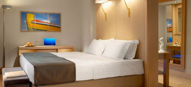 7nt-half-board-5-luxury-crete-holiday-was-poun
