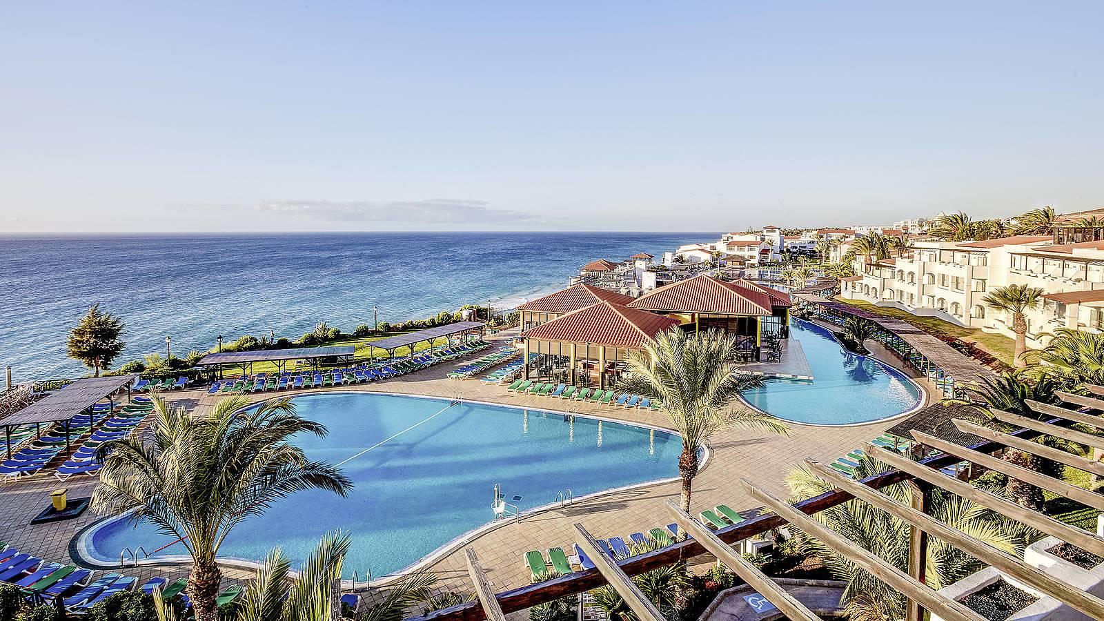Hotel Esquinzo Beach Homepage