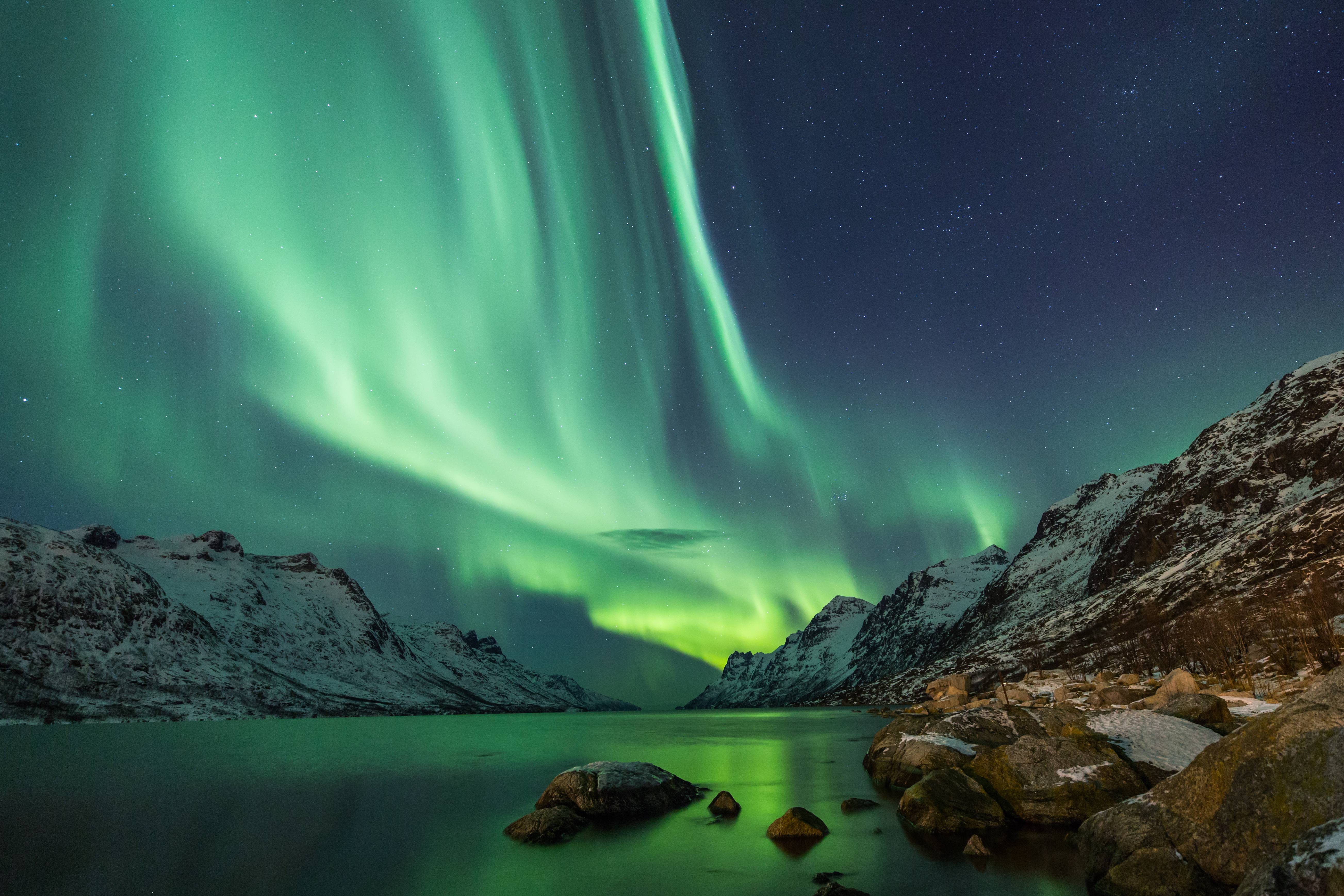 From 163 179 2nt Icelandic Escape W Northern Lights Tour