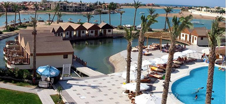 7nt-4-all-inclusive-water-bungalow-in-egypt